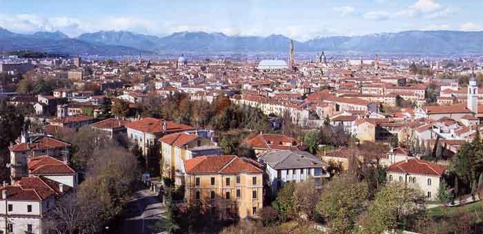 ボッテガ・ヴェネタ発祥の地 ヴィチェンツァの街並み