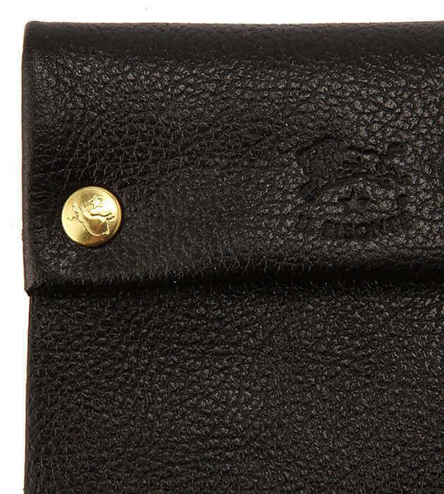 イルビゾンテの財布の革素材アップ