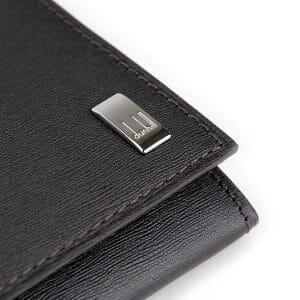 サイドカー長財布のロゴアップ