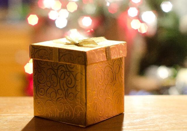 クリスマス用の綺麗なギフトボックス