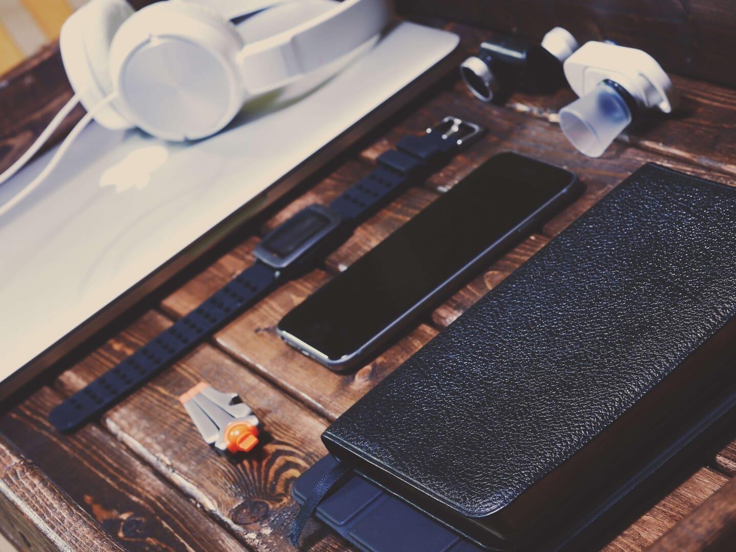 男が持つべきカッコいいメンズ財布おすすめブランド(年代・ファッション別)
