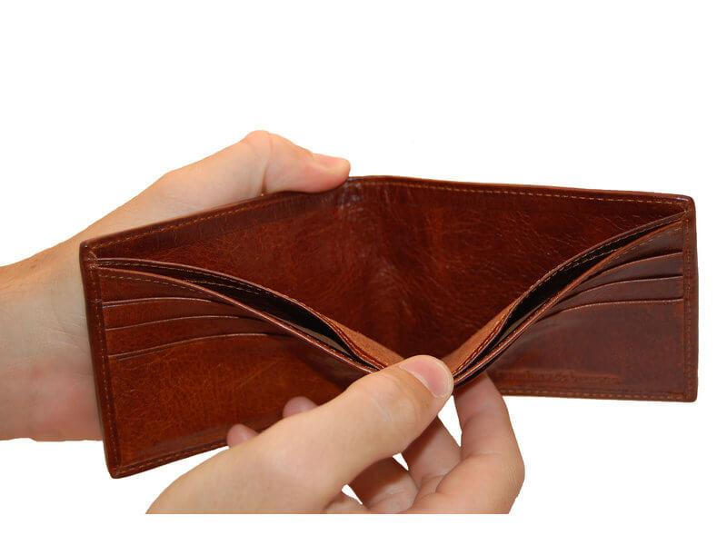 二つ折り財布のメリットとデメリット