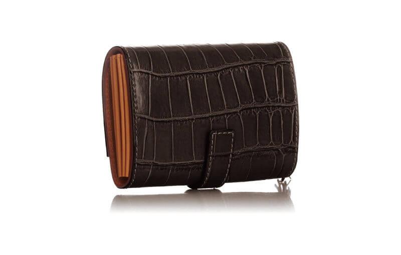 メンズにも人気のフェリージ財布「コロコロ」のブラック