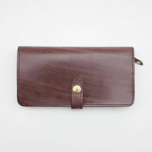 フラップ付き長財布