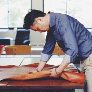 職人の真心が込められたハンドメイド|土屋鞄製造所