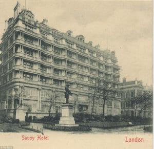 リニューアル前のサヴォイ・ホテルの写真