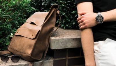 本革のメンズショルダーバッグおすすめ18選!日本製から人気ブランドを厳選