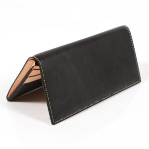 万双のブライドルレザー財布