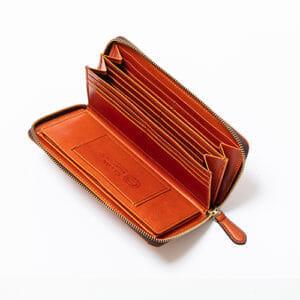 スロウおすすめ財布:「ラウンド長財布 herbie -round long wallet」