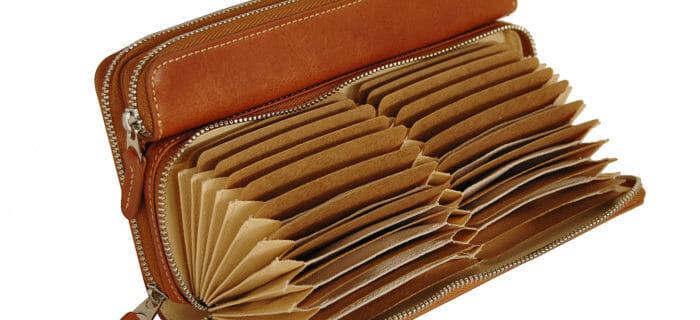 dace71a477c6 大容量のメンズ財布がお洒落なブランド8選+1万円台で買える財布3選 ...