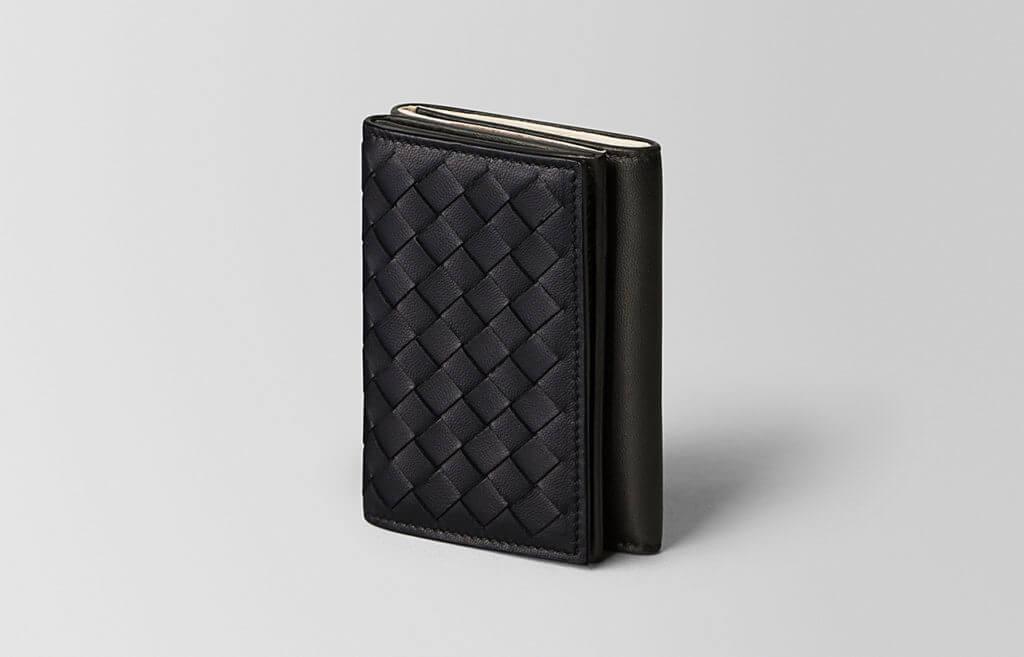 ボッテガ・ヴェネタの三つ折り財布紹介
