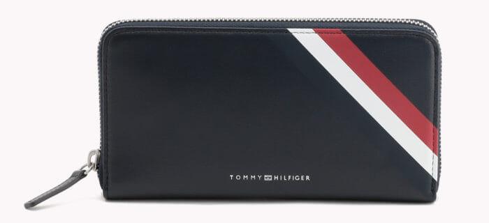 pretty nice 2d382 80d4f トミーヒルフィガー メンズ財布の特徴や人気財布とは?評判 ...