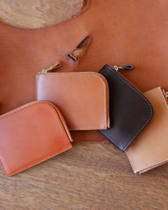 土屋鞄製造所のLファスナー財布の評判は?Lファスナー財布の特徴と魅力まとめ