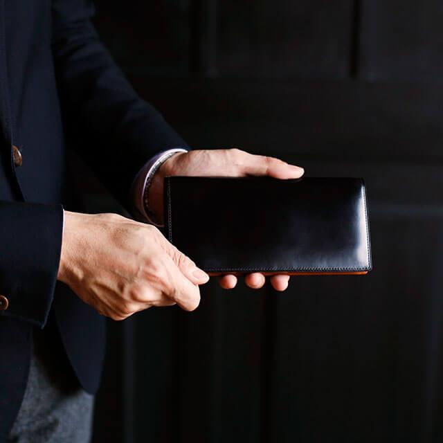 土屋鞄製造所のコードバン財布の特徴・魅力