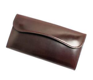 ワイルドスワンズの特徴は厚みの革!財布の魅力や評判まとめ(WILDSWANS)