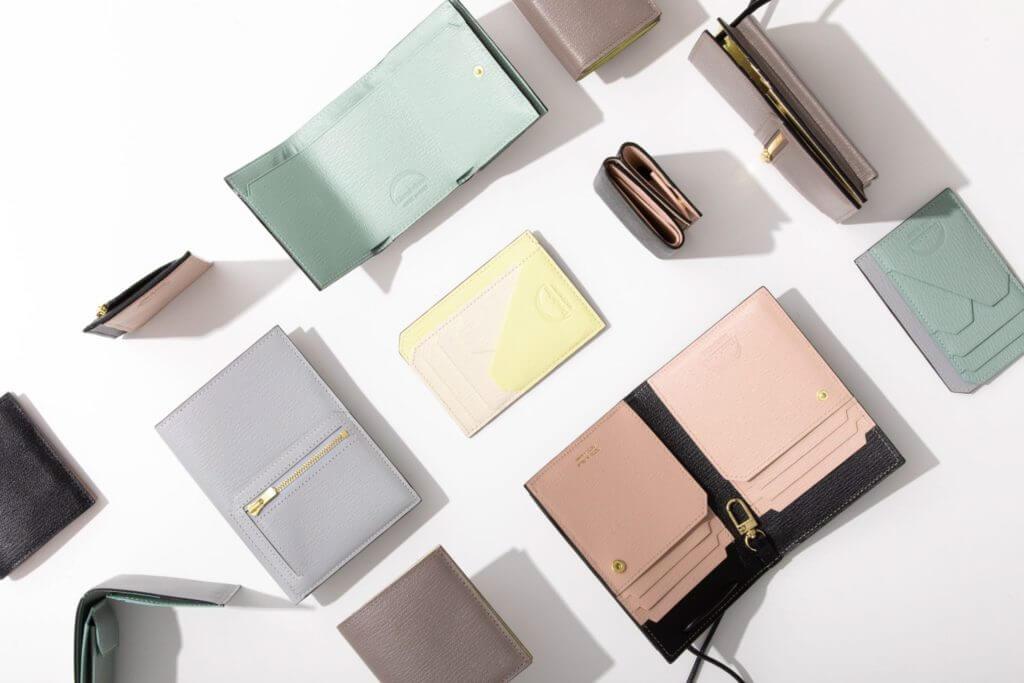 ラルコバレーノの財布の特徴・価格帯