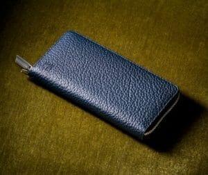 独特なシボ感と上品なデザインが魅力!「マットシュリンク」人気財布と口コミ・評判(ココマイスター)