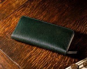 格式高く、力強いデザインが魅力!「ジョリーロジャー」人気財布と口コミ・評判(ココマイスター)