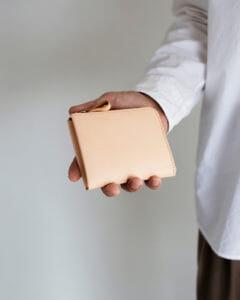 土屋鞄製造所:プレーンヌメLファスナー