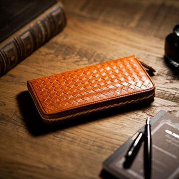 Cocomeisterのおすすめ財布:マットーネ オーバーザウォレット