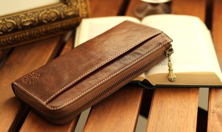 Dakotaのおすすめ財布: フォンス 長財布