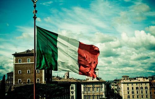 「イタリア」のブランド財布一覧