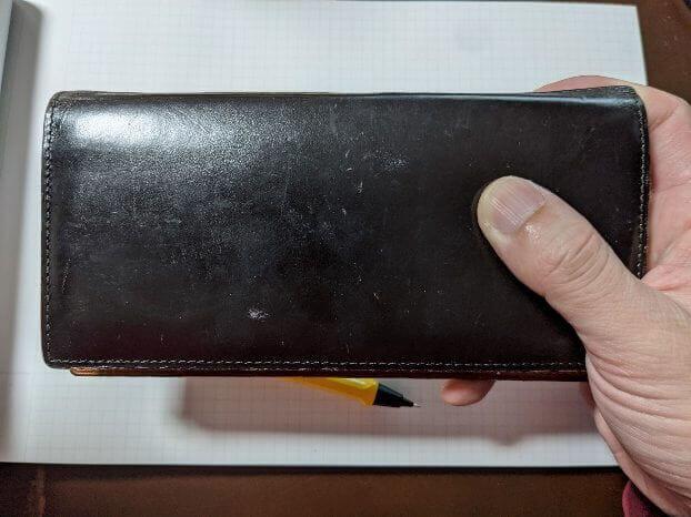 ガンゾのTHIN BRIDLE (シンブライドル) 長財布を1年使ってみて