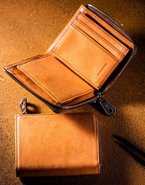 ココマイスターミニ財布【L字ファスナー型の二つ折りタイプ】