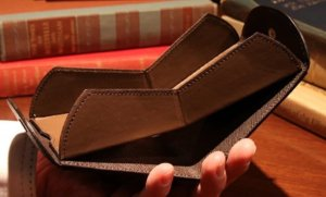 Cartolare(カルトラーレ)|薄い財布