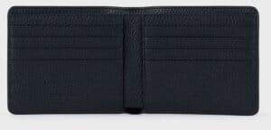 ARMANIでおすすめの札入れ「2つ折り財布タイプ」: la Prima 二つ折りウォレット タンブルレザー製