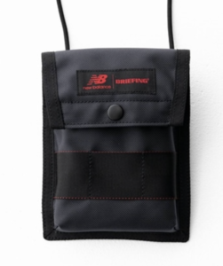 BRIEFINGでおすすめのウォレットバッグ:New Balance×BRIEFING CLOUD MULTI POUCH