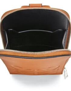 LOEWEでおすすめのウォレットバッグ:ブランドマルチファンクショナルケース(スムースカーフ)