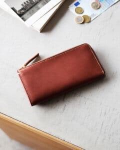 土屋鞄製造所でおすすめの札入れ「薄い長財布タイプ」:ディアリオマスターLファスナー